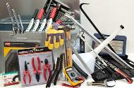 Garage tool kit with 21 assorted tools