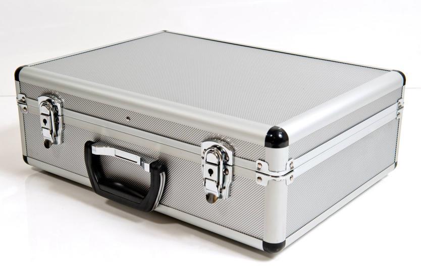 Cases (1)