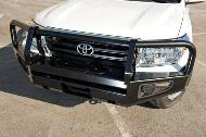 Defensa delantera para Land Cruiser 200