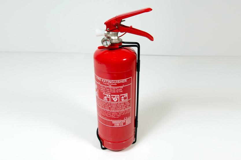 Feuerlöscher (2)