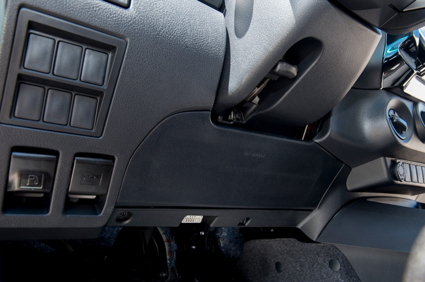 Gun125l Dnfshn Hilux Lhd 2 4l Turbo Diesel 5 Seater